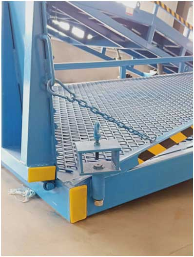 mobile loading ramp