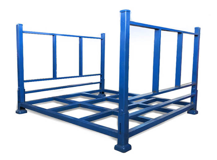 What are the characteristics of the stacker