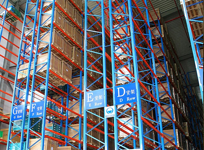 Warehouse storage Very Narrow Aisle Pallet Rack