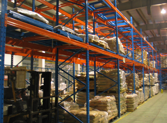 Warehouse Logistic Equipment Push Back Pallet Racking