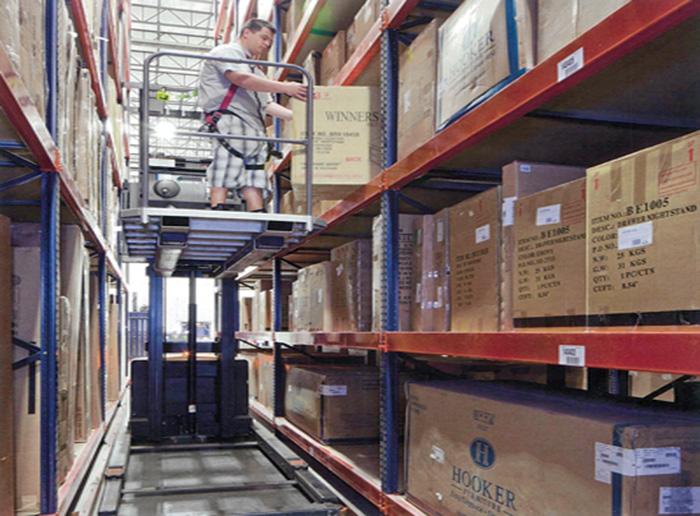 Very Narrow Aisle Pallet Rack Storage Shelves